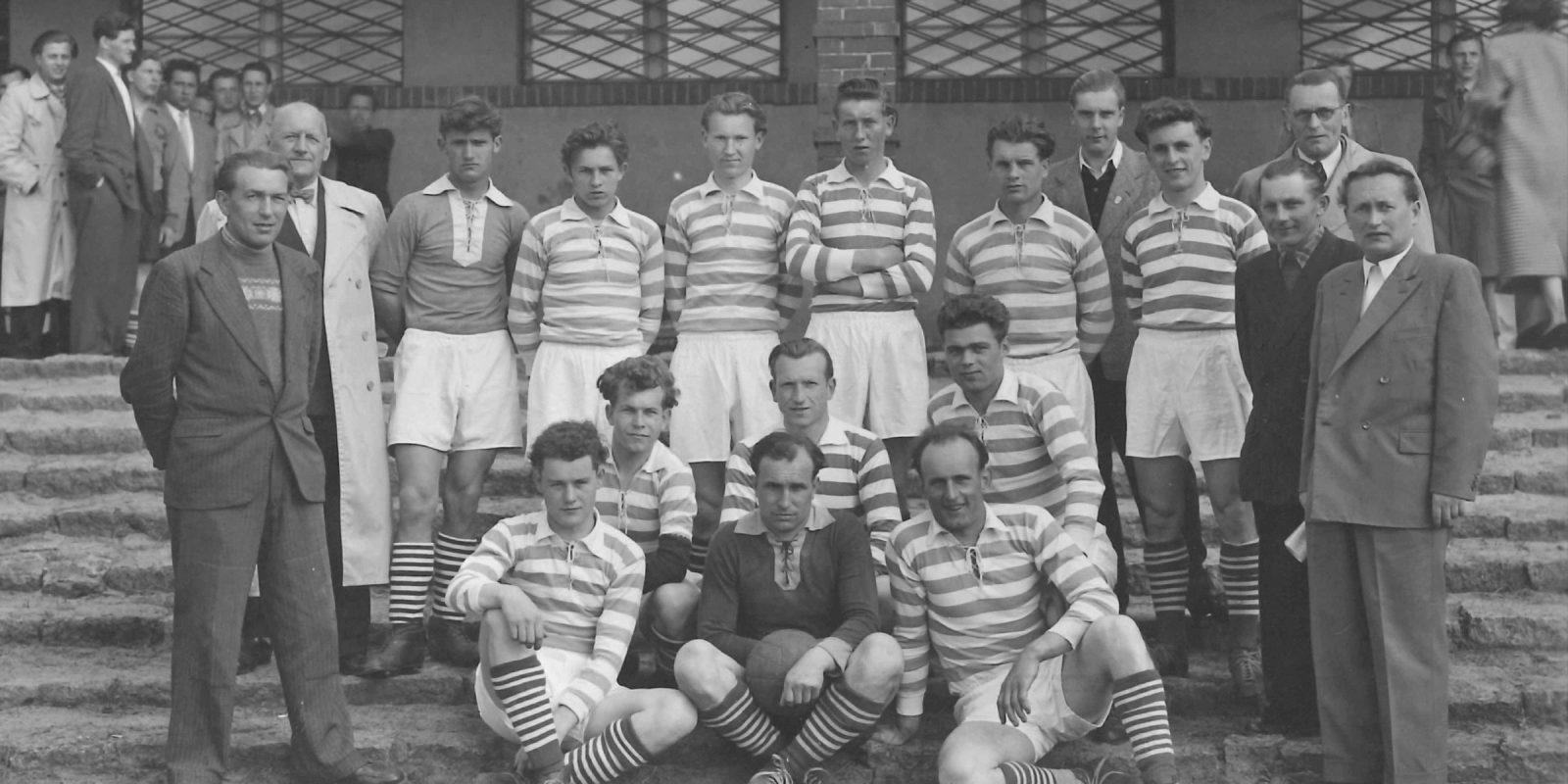 1956 Pfingsten Gruppenbild 4 Mannschaften1, Fotobestand Hans Strutzke