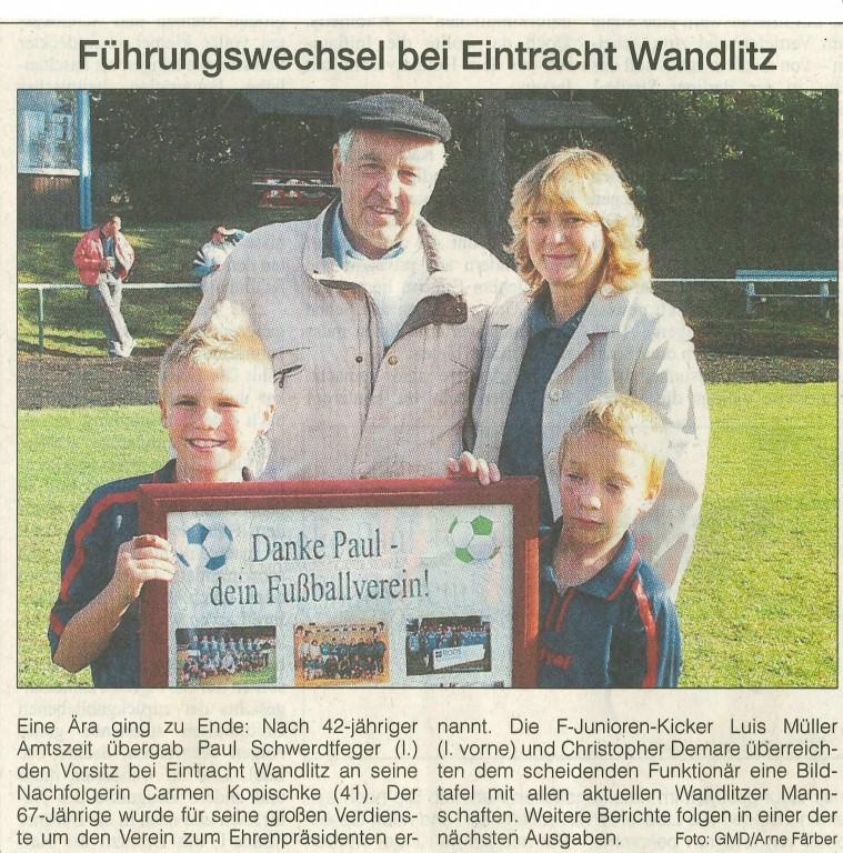 2004 1011 Zeitungsmeldung MOZ - Führungswechsel bei Eintracht Wandlitz