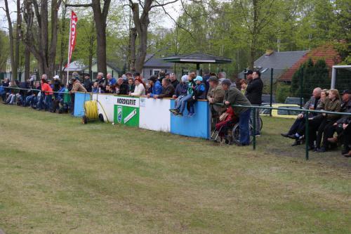 2017 01. Mai Fans der Nordkurve beim Punktspiel