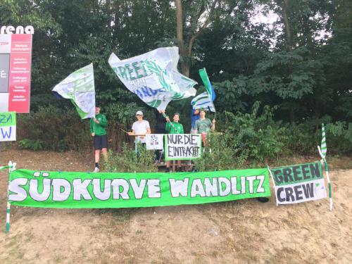 20180901 Green Crew beim Heimspiel der 1. Männer gegen Glienicke (3)